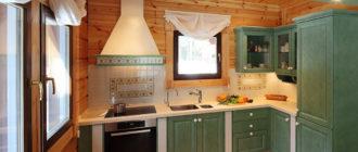 Кухня с отделкой вагонкой